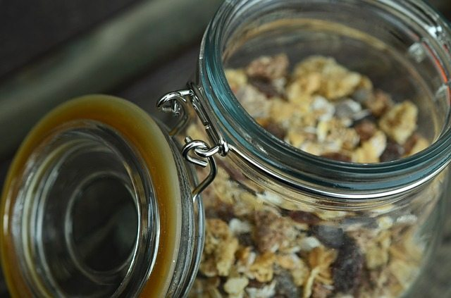 healthy-overnight-oats-for-breakfast-on-the-go